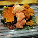 5567758 - こぼれ寿司