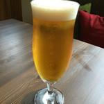 CAFÉ/BAR BSM - 生ビール690円(+税)