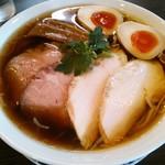 らぁ麺 紫陽花 - 特製醤油らぁ麺980円