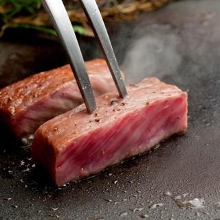 日本一の「鹿児島黒牛」を存分にお召し上がりいただけます。