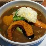 ファームヤード - 野菜(大辛)スープのみ+チーズ 990円
