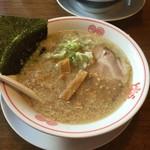 東京とんこつ とんとら - こってり醤油ラーメン
