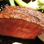 55696173 - 神戸牛ランプの炉窯焼きステーキ