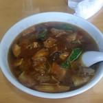 豊来飯店 - 「牛肉麺 (680円)」、ニューローメンです