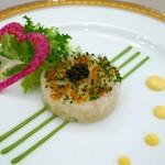 55698115 - 真鯛のタルタル キャビアとコンディメント添え 二種のマスタードの味わいで