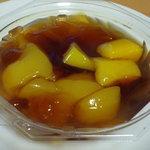 キクチ - 料理写真:【2010.9.13】紅茶ゼリー(300円)☆洋梨のコンポートが入っています。