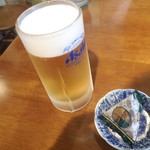 うめの店 - 生ビール(中)とおつまみ