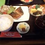 うめの店 - 料理写真:日替わり(サバの竜田揚げ)定食 900円