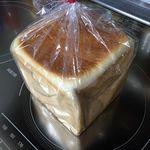 55706175 - レーズンパン一斤¥350