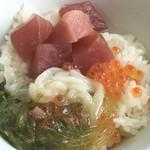 55709135 - 魚屋丼