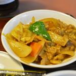 東龍門 - 豚肉と野菜のカレー炒め