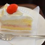 55716365 - ショートケーキ