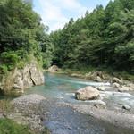 55720461 - 秋川の渓流