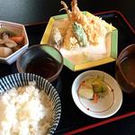 長篠食堂 - 料理写真:天ぷら定食:850円(Apr. 2016)