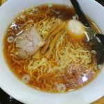 三吉 - ラーメン♥味玉トッピング♥ 鶏ガラスープのアッサリ醤油♥ 麺は細いちぢれ麺♥ この味、好きやなぁ♥ ☆⌒(*^∇゜)v