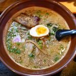 麺や 宝龍 - ごまとんこつ麺 ¥750(サービス時)