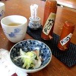 新橋辻そば - 料理写真:お通しのお新香!