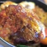 ケロッグ アンド カリー - ハンバーグ、つまりロコモコ風カレードリア