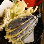 55731331 - 天ぷらはまあまあ美味しかった。