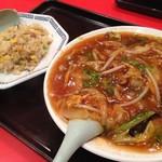 55732857 - ジャージャー麺と焼飯(小)で790円