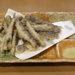 串焼はるちゃん - メヒカリの唐揚げ