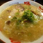 骨々亭 - 特製中華そば(スープはふつう)680円
