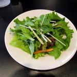 DOPO - 最初に出されるサラダ