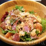 ビストロ ワイン カフェ ハース - サラダ