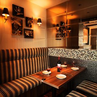 隠れ家の様な個室空間で楽しむ肉料理