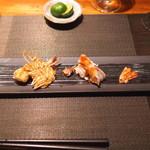 神楽坂 鉄板焼 中むら - 料理写真:熊本県産 活き車海老 塩と酢橘で