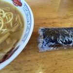 丸三 - 平成28年8月23日中華そば&巻き寿司