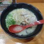 筑豊ラーメン山小屋 - 【2016年9月】ラーメン(700円)デフォルト