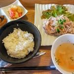 55767211 - Happylunch820円☆今日のメインはゆで豚のタイ風サラダ☆9/6