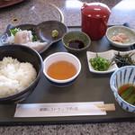 絶景レストラン うずの丘 - 生サワラの茶飯