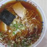 ラーメン まるひら - ラーメン正油(650円)