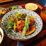 野菜とつぶつぶ アプサラカフェ - 日替わりアプサラ定食