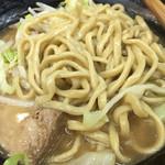 自家製太麺 ドカ盛 マッチョ - ラーメン混ぜた