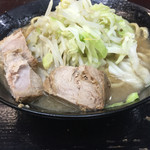 自家製太麺 ドカ盛 マッチョ - ラーメン