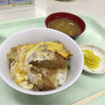 ハーベスト - 【かつ丼】(490円税込)