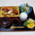一福寿司 - お子様寿司864円。