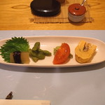 小満津 - 「前菜」 冬瓜の味噌田楽風、枝豆、トマトとアボカド、鰻巻き
