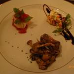 55796211 - 前菜盛(エビのディアボロ、キノコのマリネ、サーモンとモッツァレラチーズのマリネ)