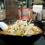 麺屋ここいち - 濃厚うまこくカレーらーめん辛口・太麺)¥810
