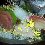 旬の海鮮 シーマーケット札幌 - 「本日の刺身10点豪快盛り」二人分 980円×2