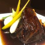 Ruelle - 牛ほほ肉の赤ワイン煮込み