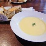スパイスガーデン - とうもろこしのスープ