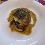 Chezやまのべ - 本日の魚料理(さごちときのこのソテー)