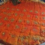 アルディワン - 大きな鉄板で焼かれていたクナフェ