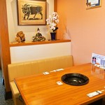 米沢牛 登起波 - 店内(2Fレストラン テーブル席)