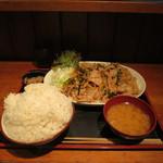 上州屋 - 料理写真:豚バラガーリックみそ焼肉定食W(ご飯700g)